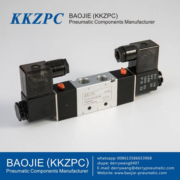 DC24V Pneumatic Double Solenoid Valve 4V220-08 Featured Image