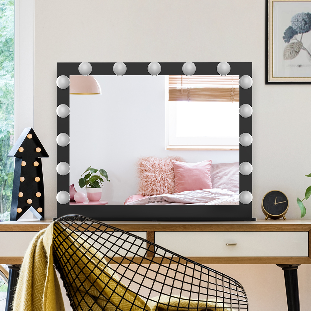 Best Hollywood makeup mirror that can illuminate your beauty in 360 degrees