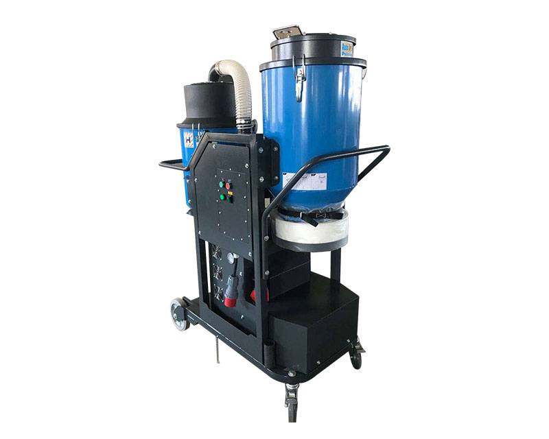 AC800 3 phase Auto pulsing dust extractor with separator Featured Image