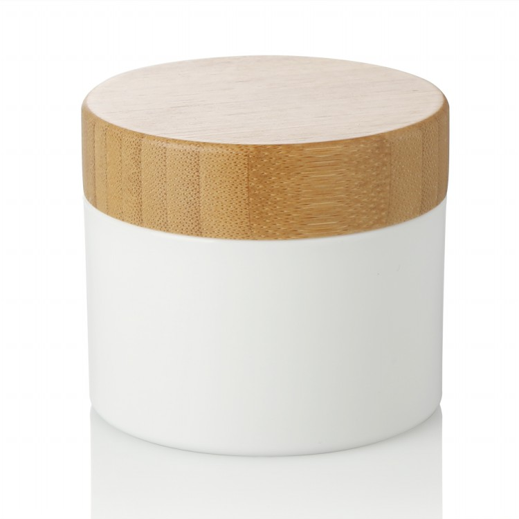 250ml plastic jar with bamboo lid