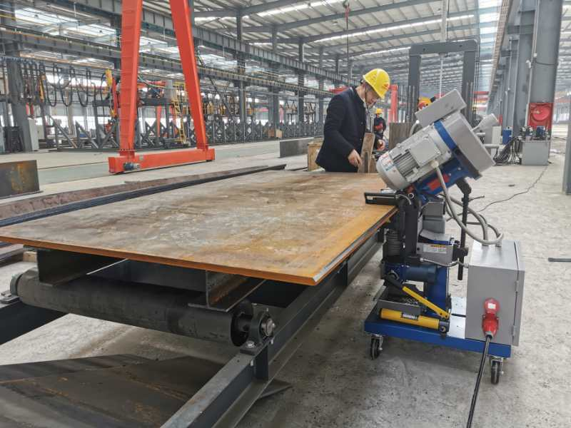 Q345B plate edge beveling for steel structure fabrication