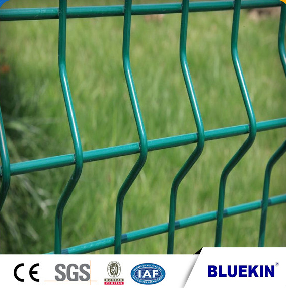 Galvanized 3D curved welded folding garden fence panel Featured Image