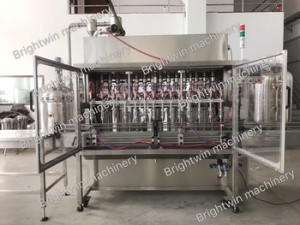 Automatic cooking oil filling equipment for plastic bottle