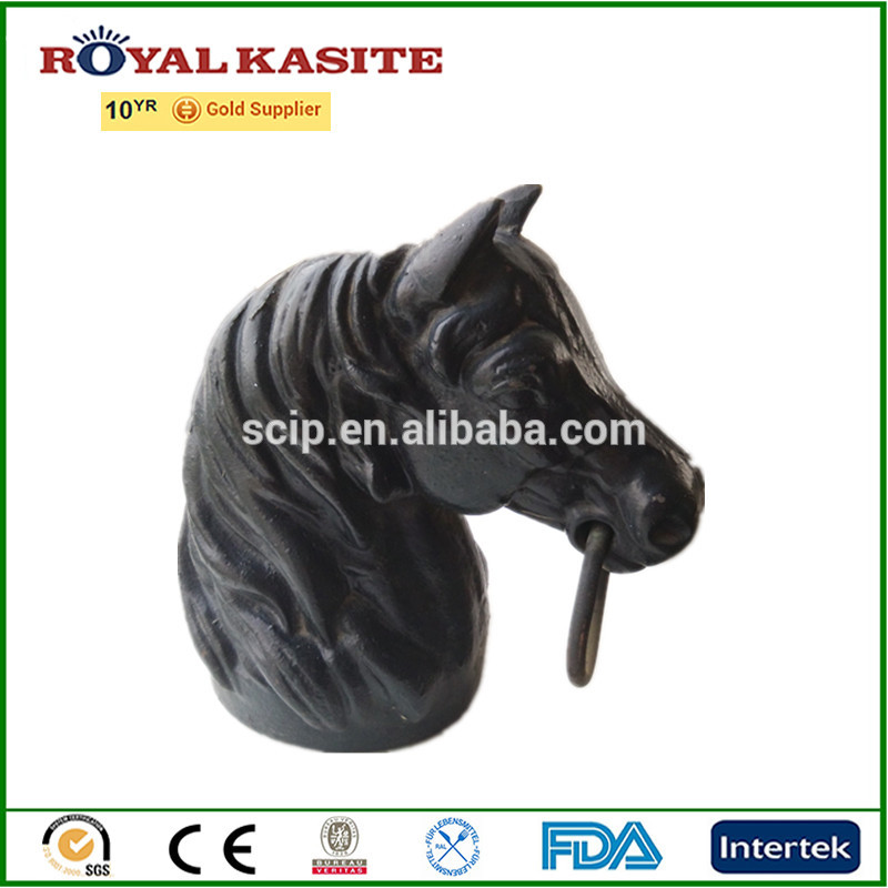 cast iron statue—–horse head