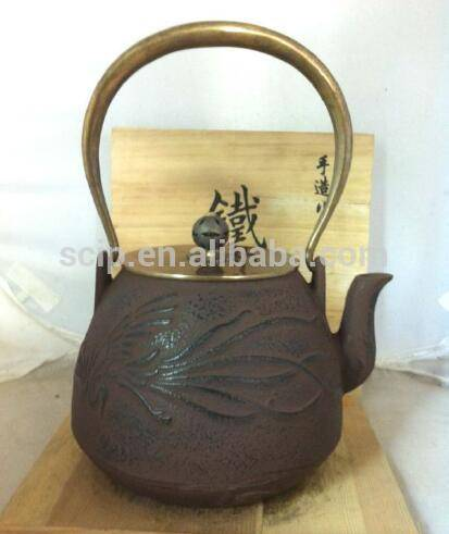 hot sale Unique Cast Iron Teapot with Copper Lid and Handle made in china