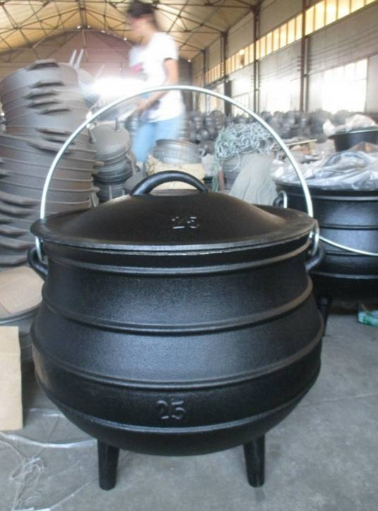 3 legs cast iron potjie pot size 25