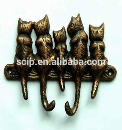 five cats cast iron hanger