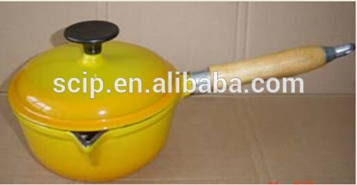 LFGB certification wooden handle enamel cast iron milk pot