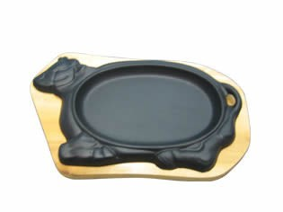 hot sale cast iron steak pan with wooden base mainly export to Europe