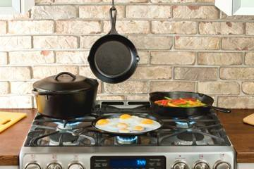 Preseasoned cast iron Skillet