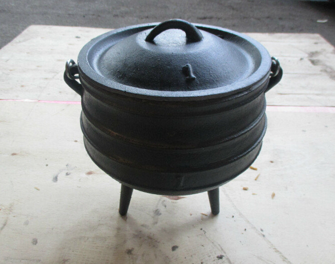 3 legs cast iron potjie pot size 1