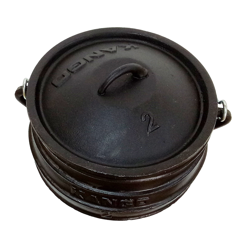 South Africa flat bottom cast iron potjie