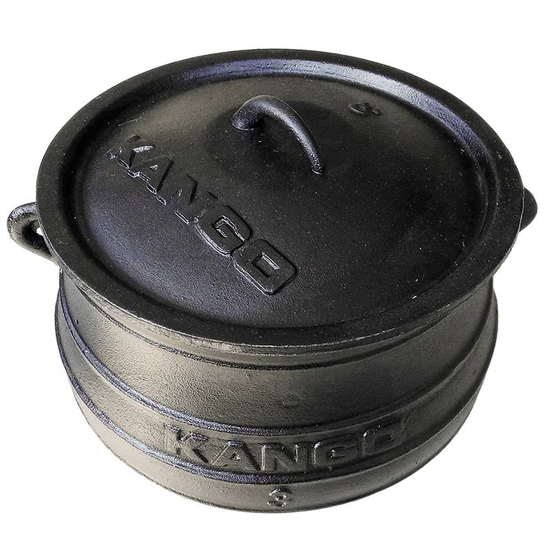 Large camping cast iron flat bottom potjie pot
