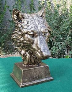 Wholf Shaped Cast Iron Sculpture