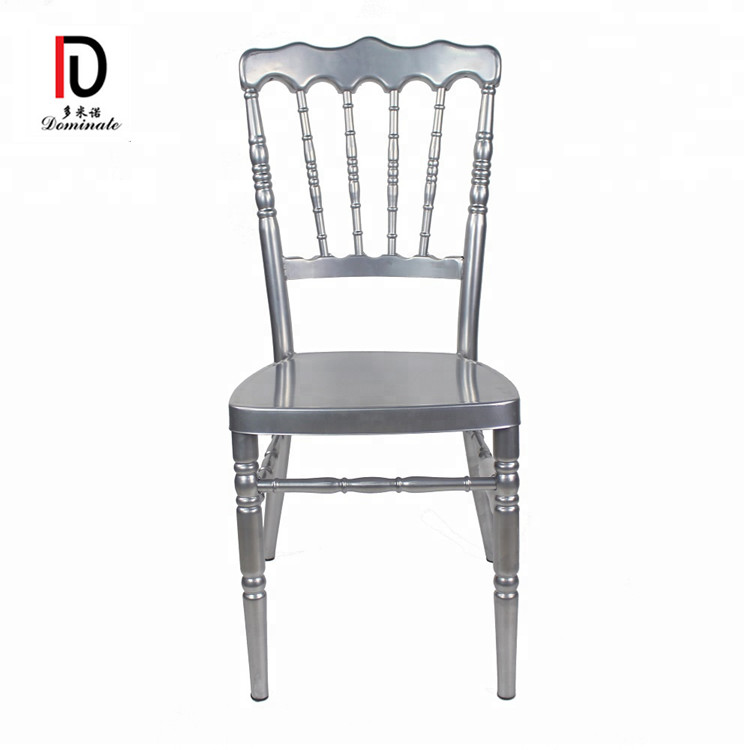 White Wood napoleon Chair For Wedding