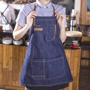 INDIGO DENIM LEATHER SHORT BIB CROSS BACK APRON WITH POCKETS U335D40P2T