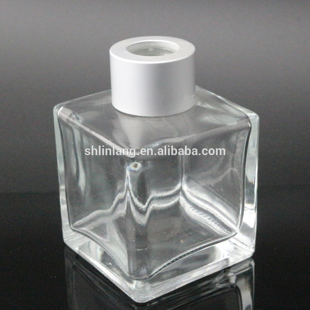 Square Reed Diffuser Bottles 50ml Glass Reed Fragrance Containers 100ml With Silver Cap