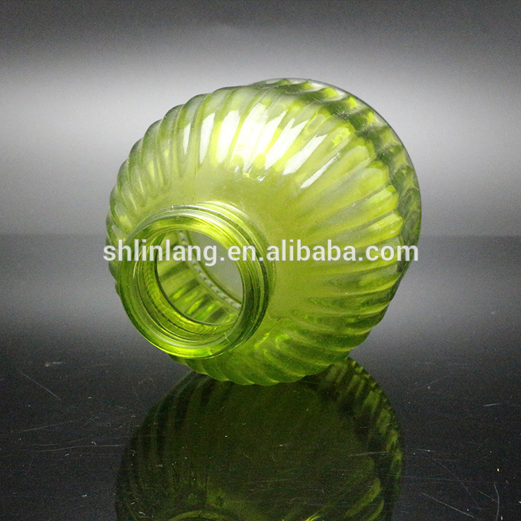 Hot sell green color decorative glass vase