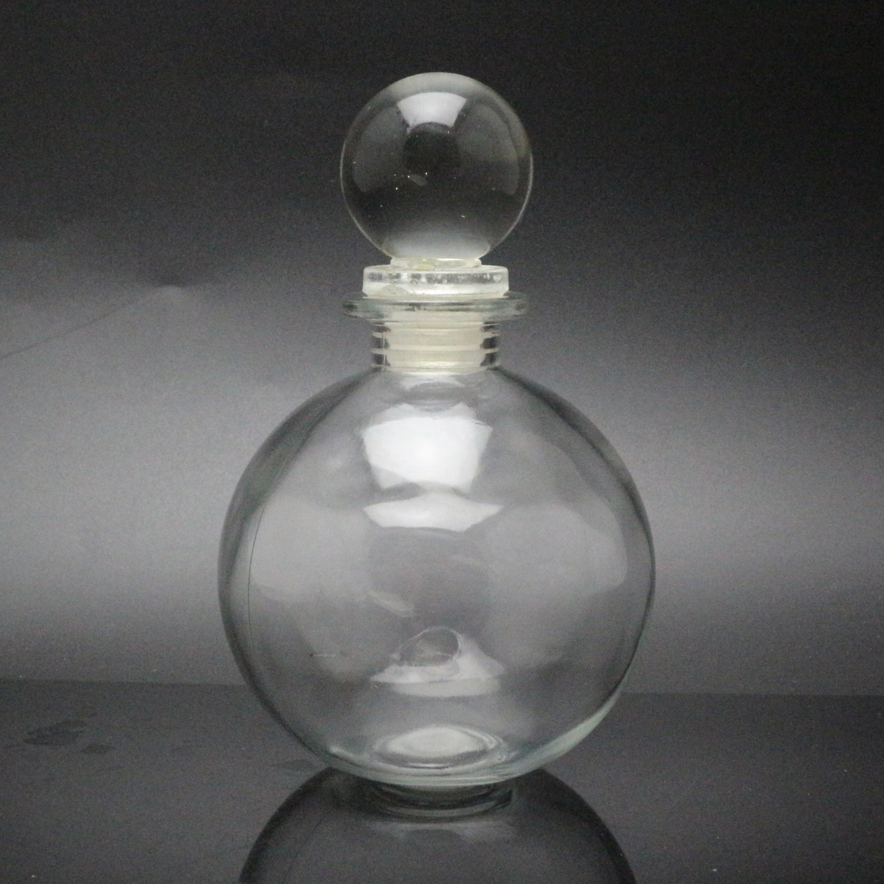 Nakpunar round bottle for oils witch spells wedding favors bath bubbles Spherical Clear Glass Bottle 8.5 Oz Cork ball bottle