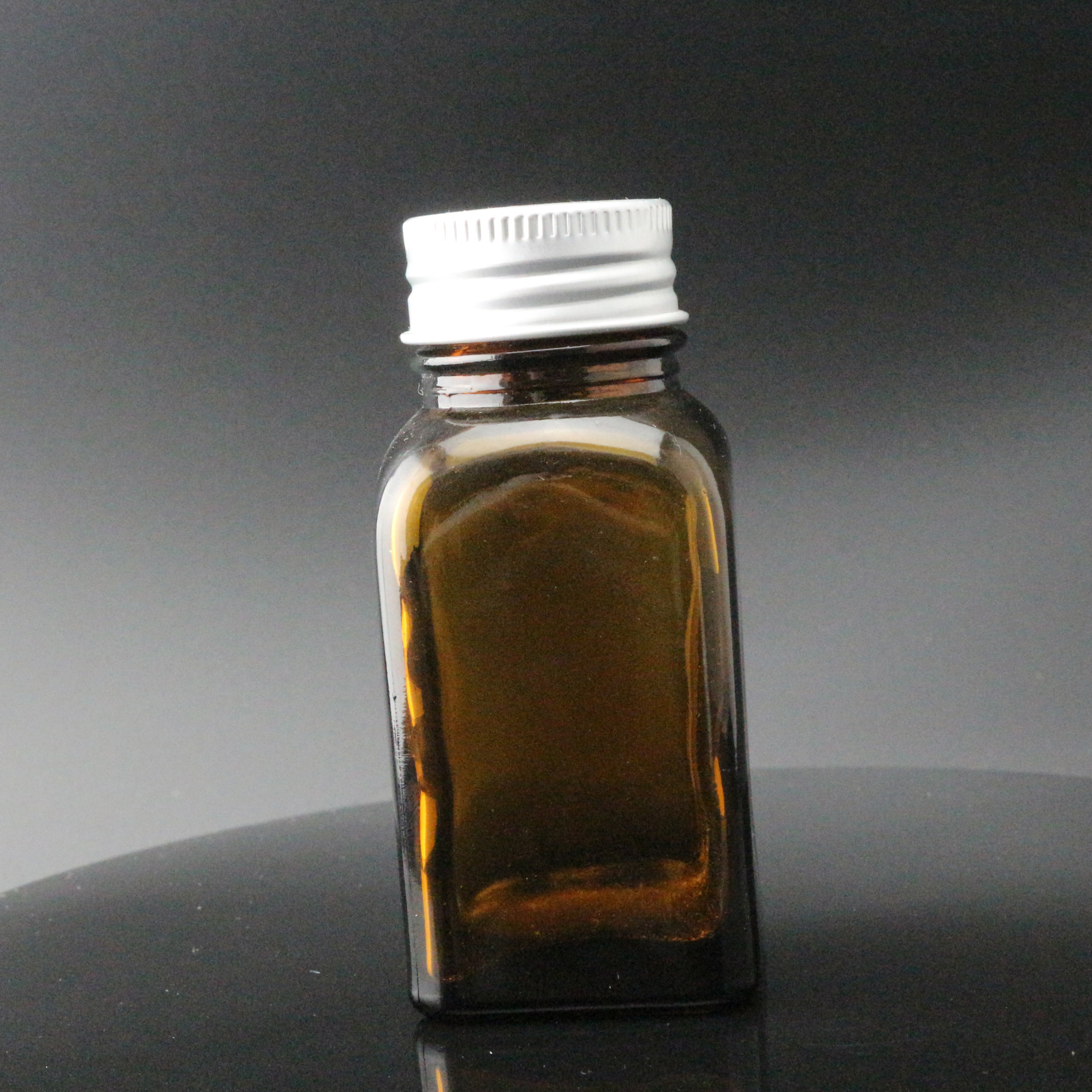 1oz 2oz 4oz 6oz 8oz 1/2 oz 12oz 16oz amber french square glass bottle with Black Cap