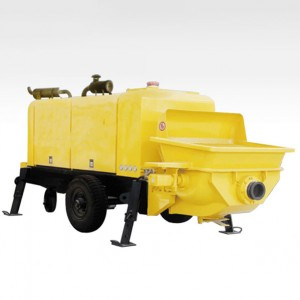 Concrete trailer pump (diesel engine)
