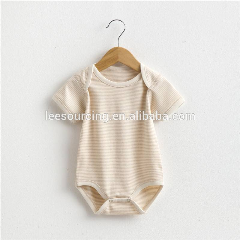 Wholesale 100% organic cotton summer babies clothing set baby onesie