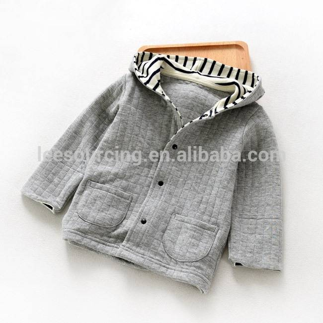 J 3626 Wholesale sweatshirts for boys and girls with long sleeves