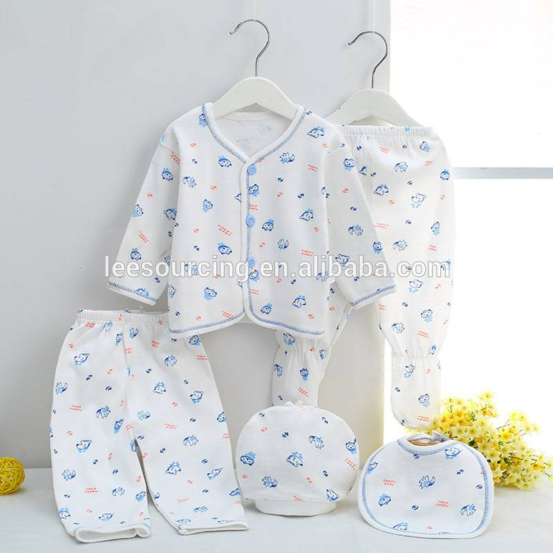 Full printing knitted long sleeve new born baby gift set