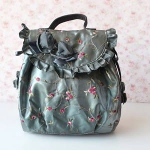 Embossed Aluminum Sheet Leather Makeup Bag - Embroider Handbag-1 – Zhongxi