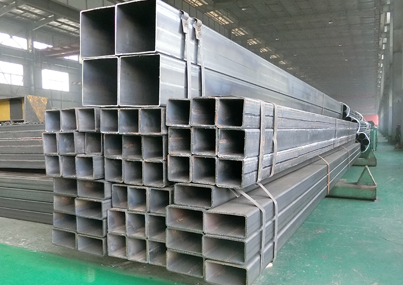 Q355 S355 Square and Rectangular Steel Pipe Price Per Piece Featured Image