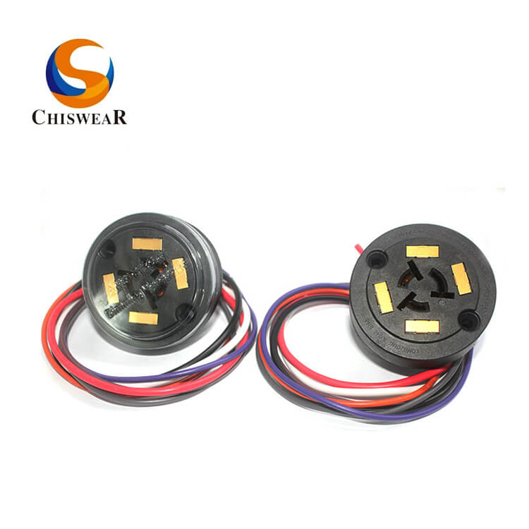 China OEM Ul Approved Locking Receptacle -