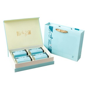 Tinplate gift box 7.5cm x 10cm x 17cm    8.8cm x 6.7cm x 13.4cm Xin Jia Yi Packaging  Bests Rectangular Jewelry Storage For Women Gift Tin Box
