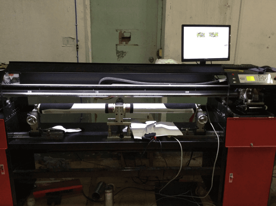 Factory Promotional 1.2m Width Roller type Seamless Digital Sock Bra Textile Printer to Stuttgart Importers