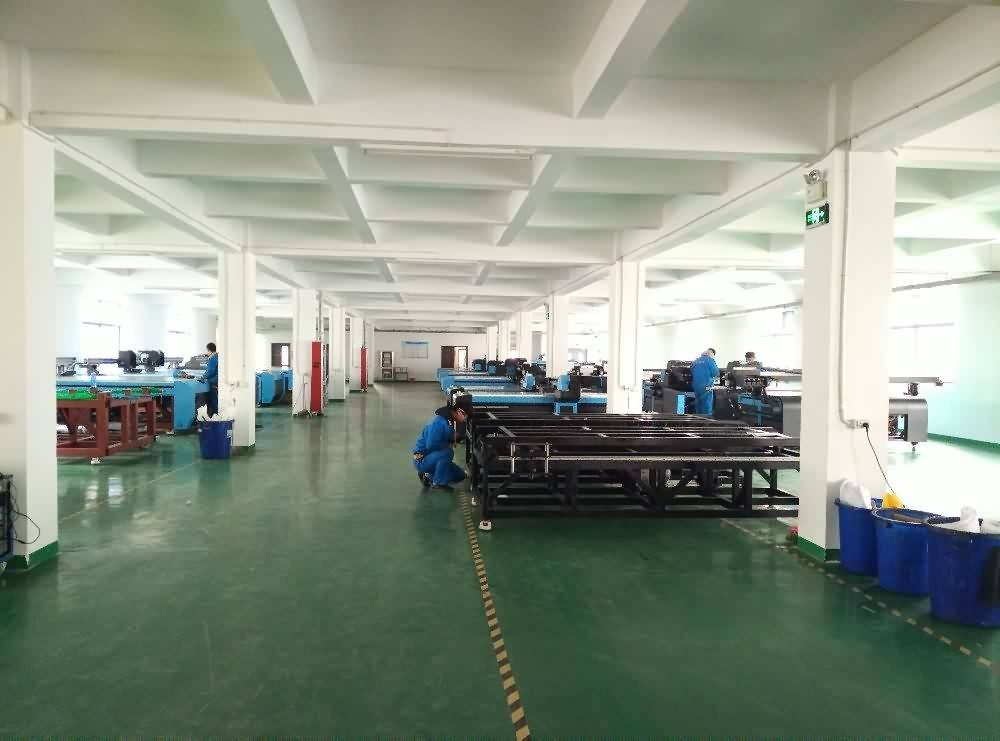2017 China New Design Digital uv flatbed printer high quality printing machine with GH2220 PRINT HEAD to France Factories