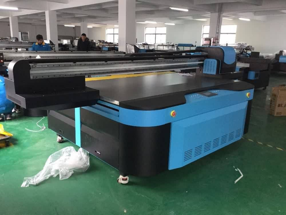 Top Quality Industrial 2500x1300mm UV FLATBED PRINTER with LED LAMP Export to Macedonia