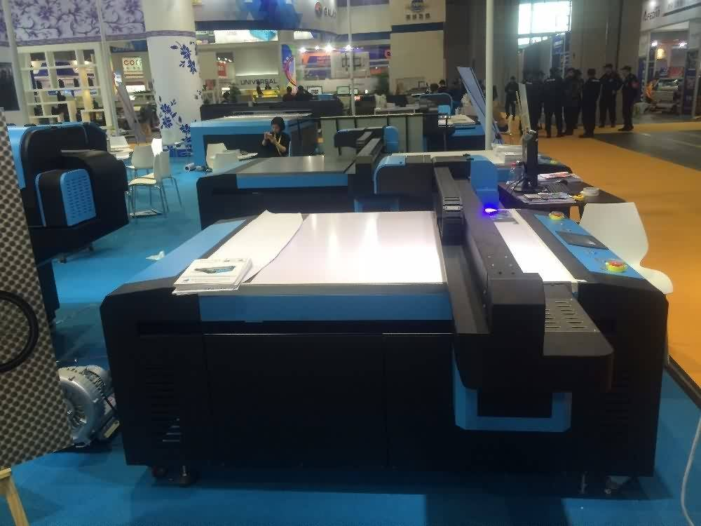 23 Years Factory Metal printer, UV Flatbed UV printer. UV2513 to Canada Manufacturers