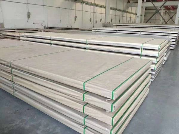 piring stainless steel