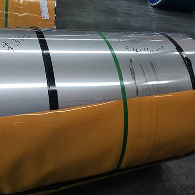 2017 wholesale price Perforated Stainless Steel Angle -