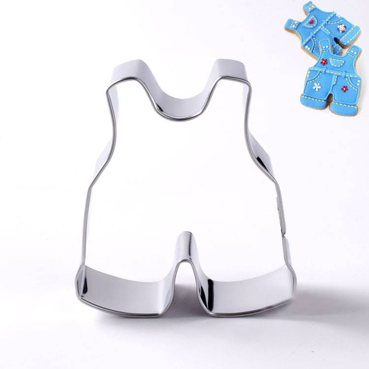 Baby suspenders cookie cutter Featured Image
