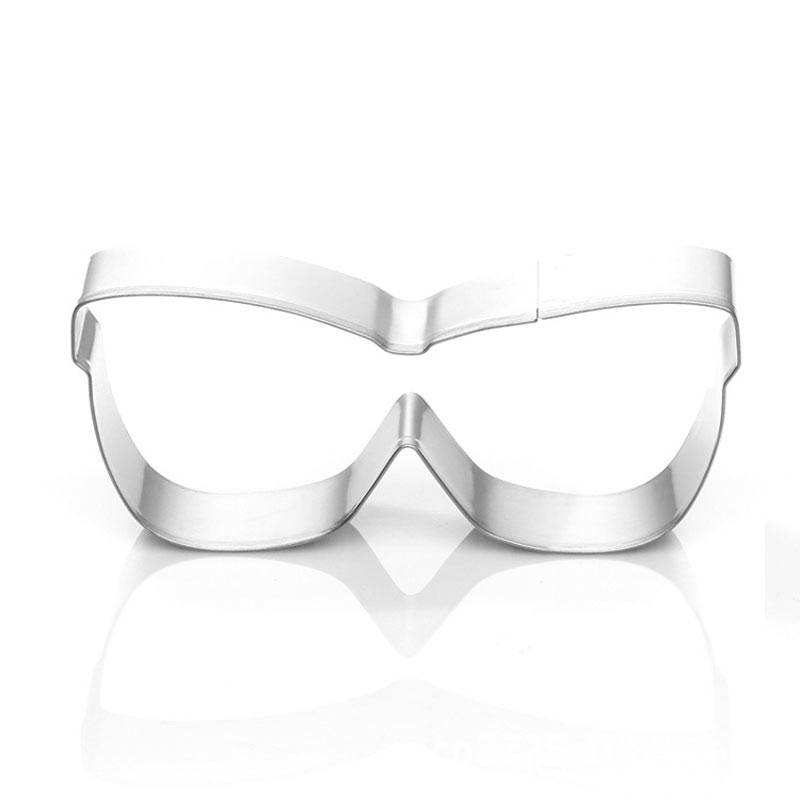 glasses frame shaped cookie cutter Featured Image