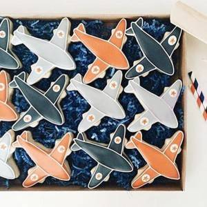 airplane shaped cookie cutter