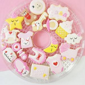 novelty baby bib cake cookie cutter