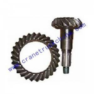 Truck bevel gear pair