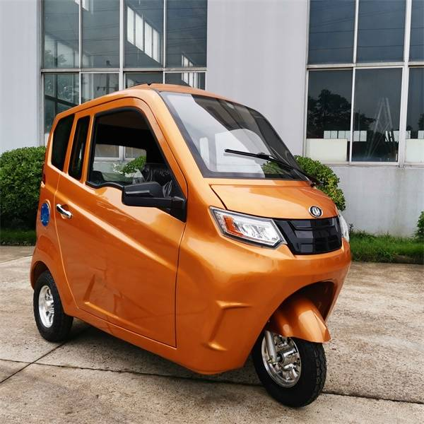 Luxury Electric Passenger Tricycle with AC Featured Image