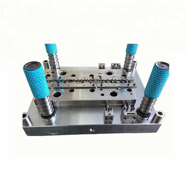 Compression Mold Maker Plastic Product Featured Image