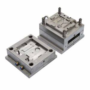 Auto Lamp Plastic Mould Maker