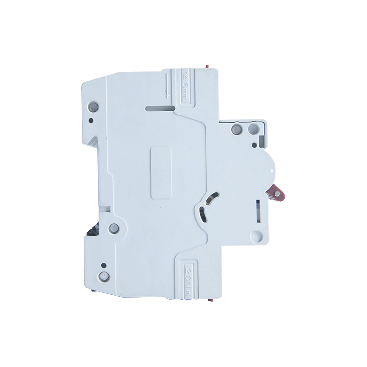 3 pole circuit breaker