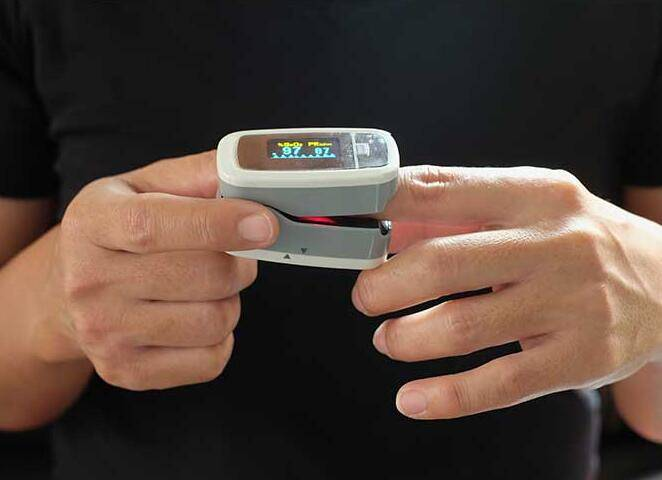 From Jose, Mexico--This oximeter performed very well. It helps me win business in local..