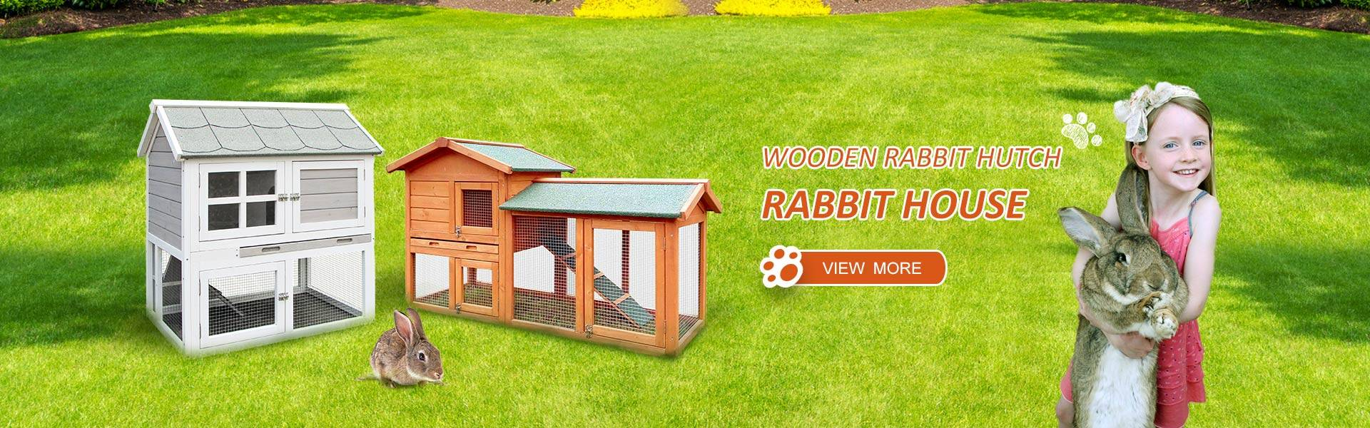 Wooden rabbit hutch/ rabbit house