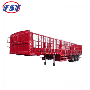 Semi trailer with short lock bar fence